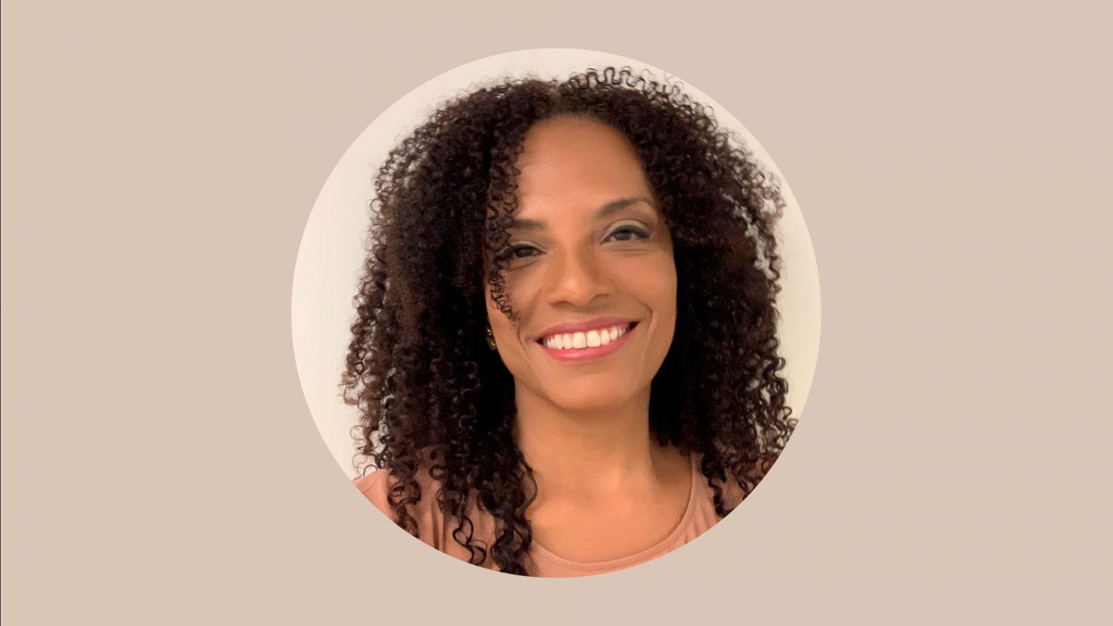 <p>Em conversa com Flavia Oliveira, o Ibirapitanga abordou o estado da construção democrática no Brasil e a atuação nas frestas por direitos</p>